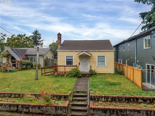 Photo of 6821 N MONTANA AVE, Portland, OR 97217 (MLS # 20061959)