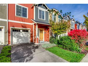 Photo of 13865 SW ANNA CT, Portland, OR 97223 (MLS # 19065961)