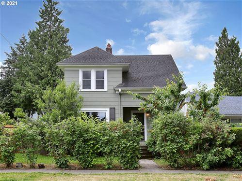 Photo of 4768 N GIRARD ST, Portland, OR 97203 (MLS # 21418961)