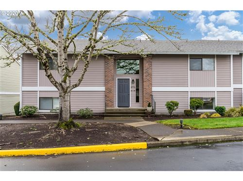 Photo of 10885 SW MEADOWBROOK DR #37, Tigard, OR 97224 (MLS # 19511963)