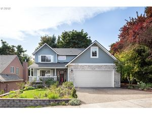 Photo of 9628 NW ARBORVIEW DR, Portland, OR 97229 (MLS # 19586963)