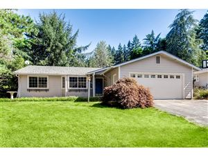 Photo of 3751 SW MITCHELL ST, Portland, OR 97221 (MLS # 19070964)