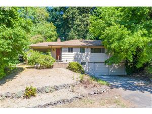 Photo of 2225 SW MITCHELL ST, Portland, OR 97239 (MLS # 19111964)