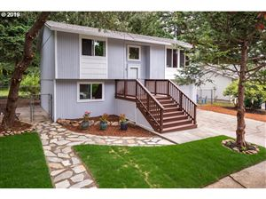 Photo of 5736 SE 130TH PL, Portland, OR 97236 (MLS # 19175964)