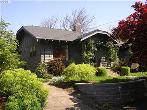 Photo of 3303 SE HARRISON ST, Portland, OR 97214 (MLS # 19519964)