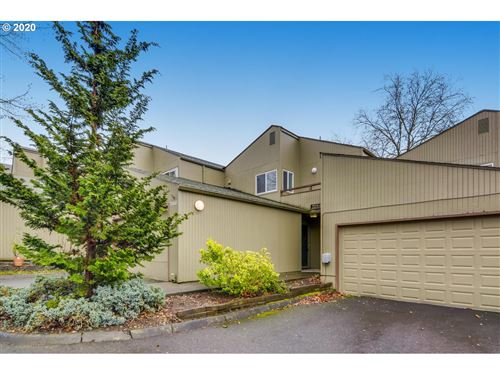 Photo of 17662 NW ROLLING HILL LN, Beaverton, OR 97006 (MLS # 19136965)