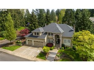 Photo of 4430 SW SELLING CT, Portland, OR 97221 (MLS # 19616966)