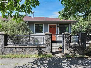 Photo of 5807 NE 10TH AVE, Portland, OR 97211 (MLS # 19064969)