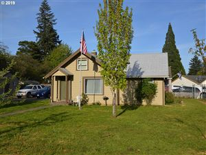 Photo of 1436 SE 148TH AVE, Portland, OR 97233 (MLS # 19560971)