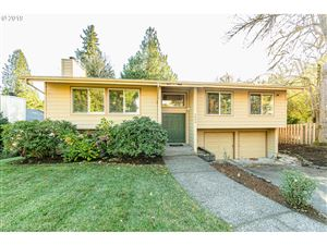 Photo of 3804 SW WILBARD ST, Portland, OR 97219 (MLS # 19194974)