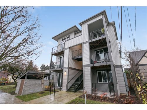 Photo of 1526 N HOLMAN ST #2, Portland, OR 97217 (MLS # 19256975)
