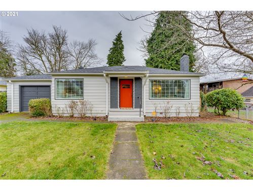 Photo of 1526 NE FRANKLIN ST, Camas, WA 98607 (MLS # 21574975)