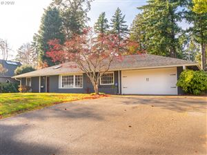 Photo of 4285 SW PARKVIEW AVE, Portland, OR 97225 (MLS # 19198976)
