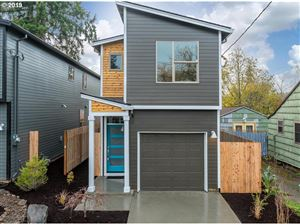 Photo of 9339 N RICHMOND AVE, Portland, OR 97203 (MLS # 19659978)