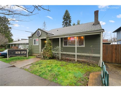 Photo of 5918 SE 89TH AVE, Portland, OR 97266 (MLS # 20240978)