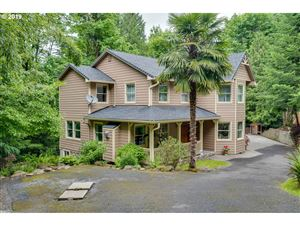 Photo of 12119 SE HENDERSON DR, Portland, OR 97266 (MLS # 19396979)