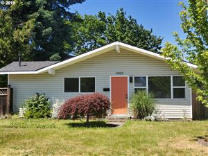 Photo of 11909 NE BRAZEE ST, Portland, OR 97220 (MLS # 19599980)