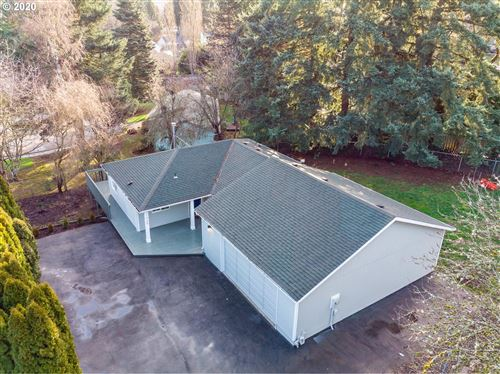 Photo of 1925 16TH ST, West Linn, OR 97068 (MLS # 19003981)
