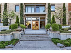 Photo of 2351 NW WESTOVER RD 305 #305, Portland, OR 97210 (MLS # 19008982)