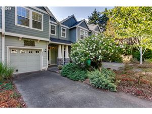 Photo of 2303 SE 76TH AVE, Portland, OR 97215 (MLS # 19223982)