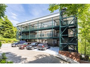 Photo of 1815 SW 16TH AVE 203 #203, Portland, OR 97201 (MLS # 19019983)