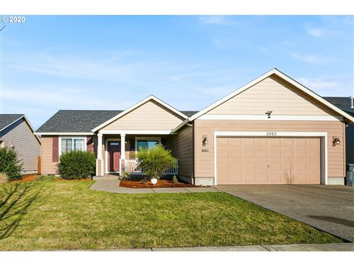 Photo of 2965 LINFIELD AVE, Woodburn, OR 97071 (MLS # 20130984)