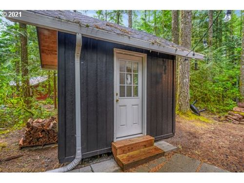 Tiny photo for 23834 E CHINQUEPIN DR, Rhododendron, OR 97049 (MLS # 21049985)