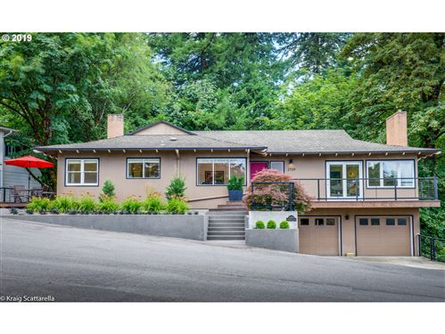 Photo of 2709 SW PATTON CT, Portland, OR 97201 (MLS # 20189986)