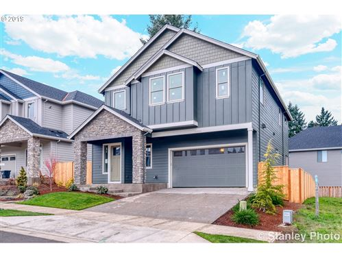 Photo of 28565 SW MCGRAW AVE, Wilsonville, OR 97070 (MLS # 19305987)