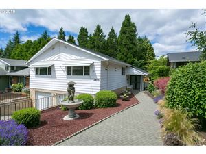 Photo of 2601 SE 73RD AVE, Portland, OR 97206 (MLS # 19684987)