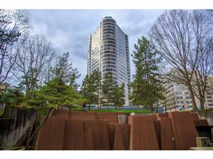 Photo of 1500 SW 5TH AVE 805 #805, Portland, OR 97201 (MLS # 19342988)