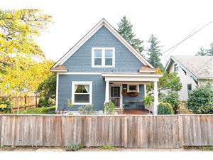 Photo of 5516 SE 71ST AVE, Portland, OR 97206 (MLS # 19542988)