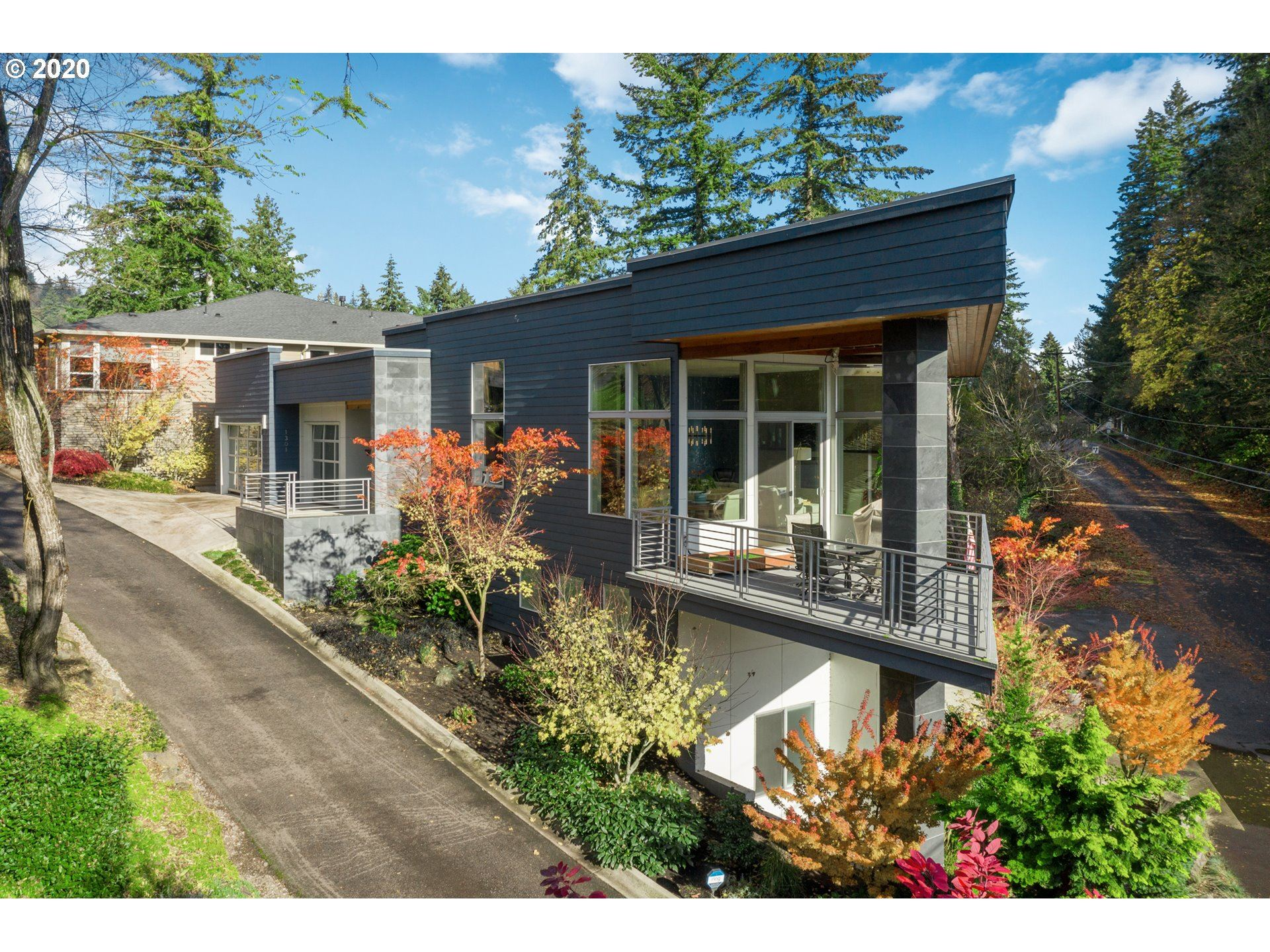 Photo for 1301 NW 5TH AVE, Camas, WA 98607 (MLS # 20434988)