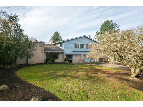Photo of 7395 SW 87TH AVE, Portland, OR 97223 (MLS # 19372989)