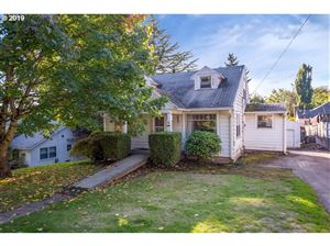 Photo of 6919 SW 35TH AVE, Portland, OR 97219 (MLS # 19059991)