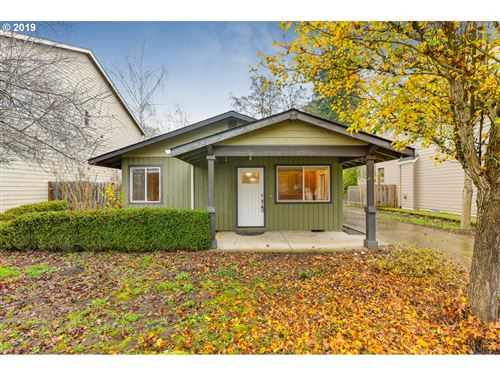Photo of 7930 SW 69TH AVE, Portland, OR 97223 (MLS # 19547991)