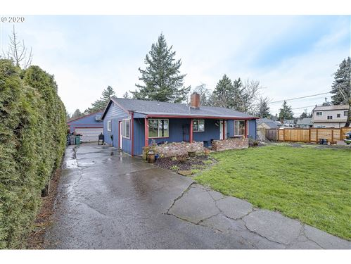 Photo of 5547 SE 119TH AVE, Portland, OR 97266 (MLS # 20149994)