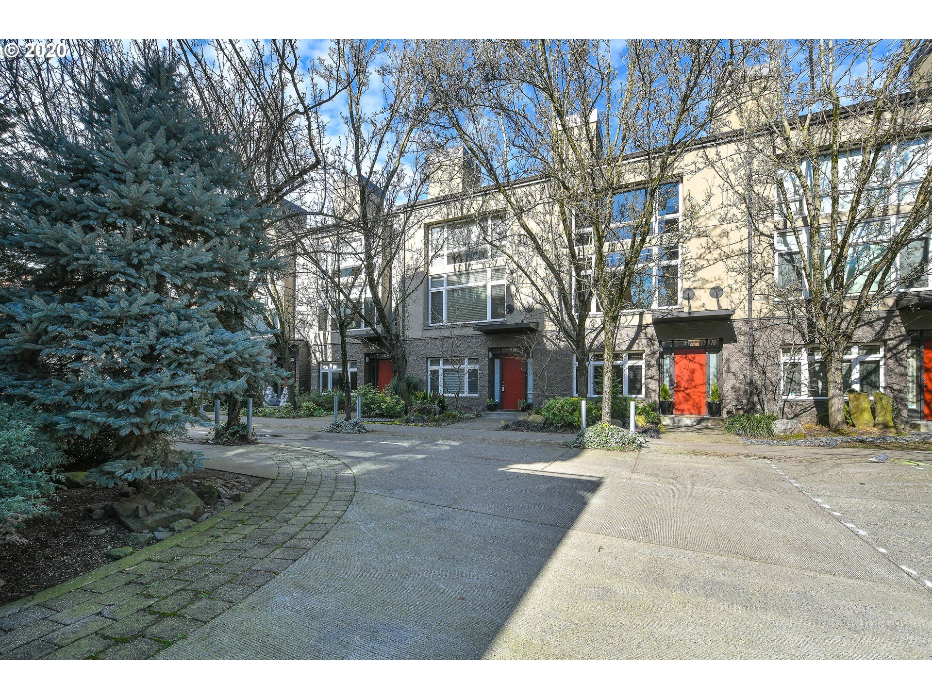 1127 NW IRVING ST, Portland, OR 97209 - MLS#: 20208995
