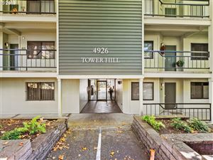 Photo of 4926 SW CORBETT AVE #305, Portland, OR 97239 (MLS # 19466999)