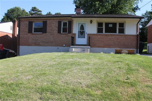Photo of 4218 Camille NW AVE, Roanoke, VA 24017 (MLS # 870072)