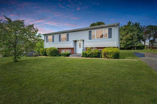 Photo of 3757 Long Meadow NW AVE, Roanoke, VA 24017 (MLS # 882258)