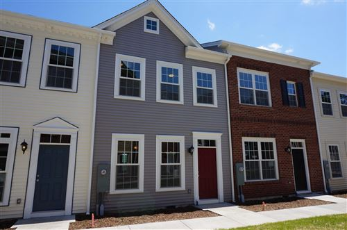 Photo of 3909 Colonial Green Circle SW, Roanoke, VA 24018 (MLS # 878565)