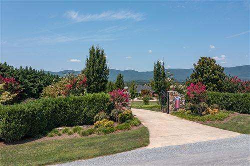 Photo of 711 Stevens RD, Troutville, VA 24175 (MLS # 879586)