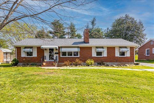 Photo of 5803 Thornrose RD, Roanoke, VA 24012 (MLS # 878639)
