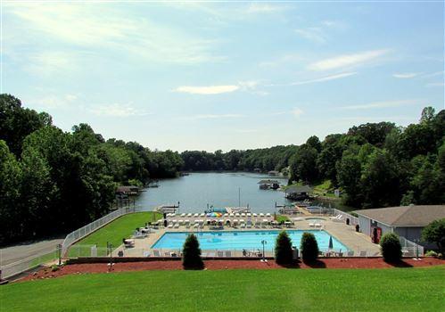 Photo of 1085 Bluewater DR #218, Moneta, VA 24121 (MLS # 884738)