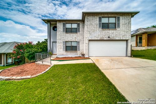 Photo of 7919 CHESTNUT BARR DR, Converse, TX 78109 (MLS # 1548005)