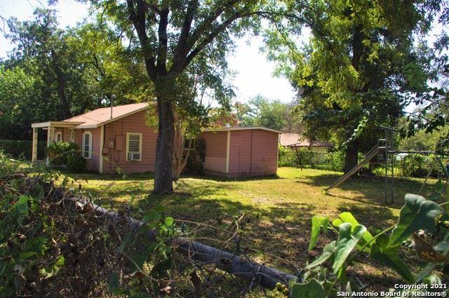 Photo of 423 Fort Clark Rd, Uvalde, TX 78801 (MLS # 1558008)