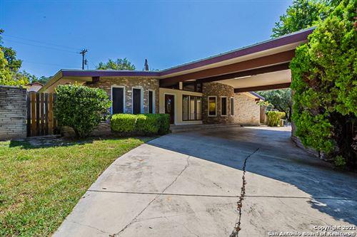 Photo of 100 BLUET LN, Castle Hills, TX 78213 (MLS # 1557077)