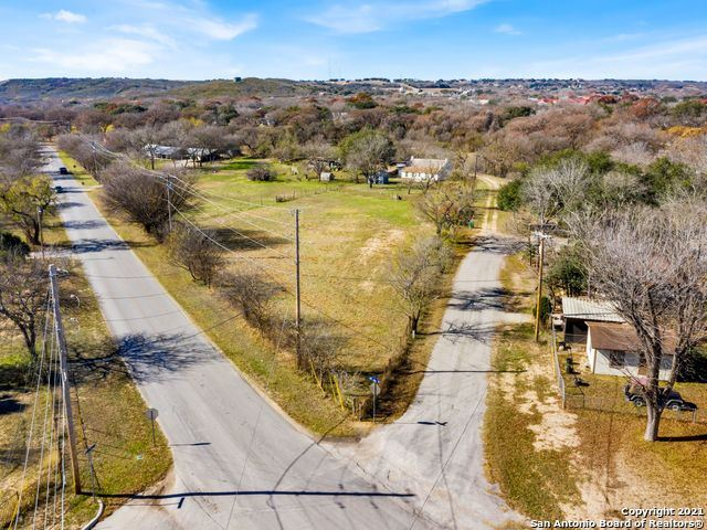 Photo of 200 SCHMITT LN, Castroville, TX 78009 (MLS # 1516084)