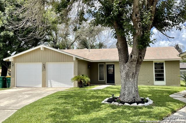Photo of 604 Willow Dr, Converse, TX 78109 (MLS # 1550088)